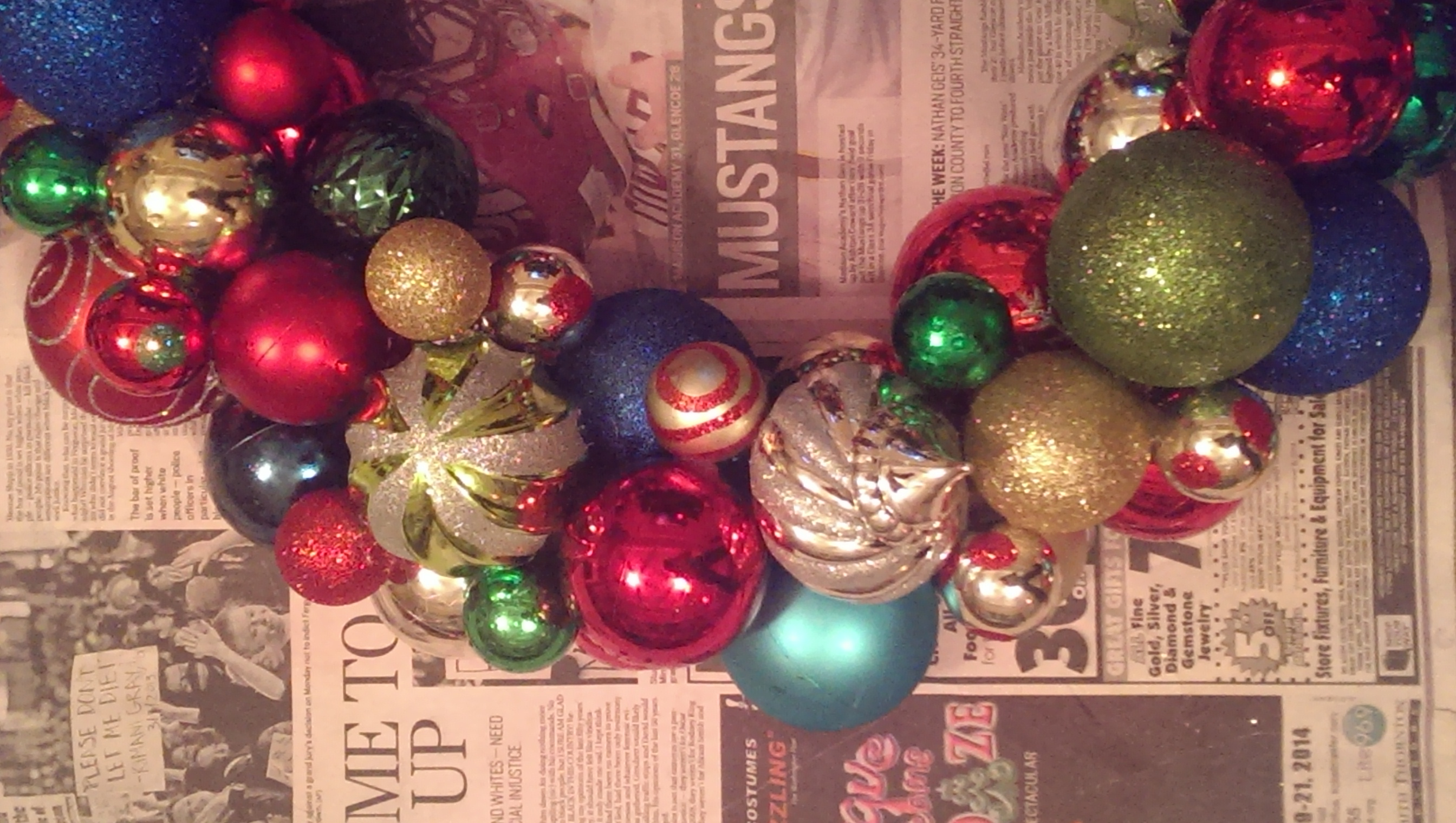 First christmas as a married couple ornament - I Ll Be The First To Admit That I Struggle With Finding My Family S Christmas Style As A Relatively Newly Married Couple We Are Still Meshing Our Ideas Of